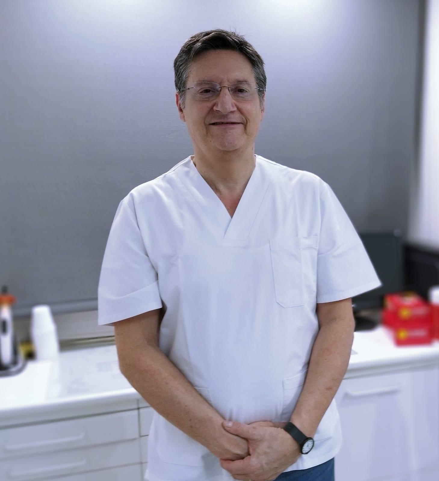 foto Doctor Luis Peris